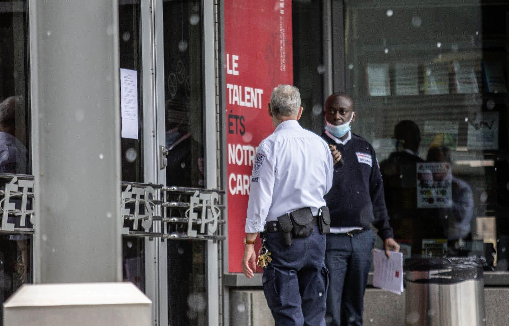 «La sécurité et la présence policière sur le campus ont été renforcées par mesure de précaution», peut-on lire sur le site Web de l'ÉTS.