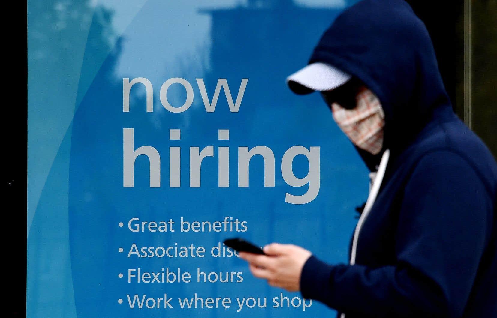 Aux États-Unis, la création d'emplois est brutalement tombée à 245 000 emplois au mois de novembre alors qu'elle était encore de 610 000 le mois d'avant et de 711 000 en septembre.