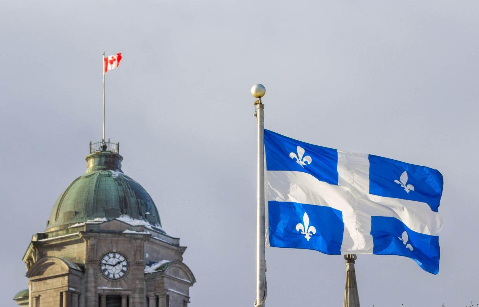 «Bien que le Québec soit entièrement libre d'adopter ses propres lois sociales sans le gouvernement fédéral, comme il l'a fait de nombreuses fois, il serait dommage de passer à côté d'une possibilité de s'améliorer, même si c'est en réponse à une loi fédérale», écrivent les auteurs.