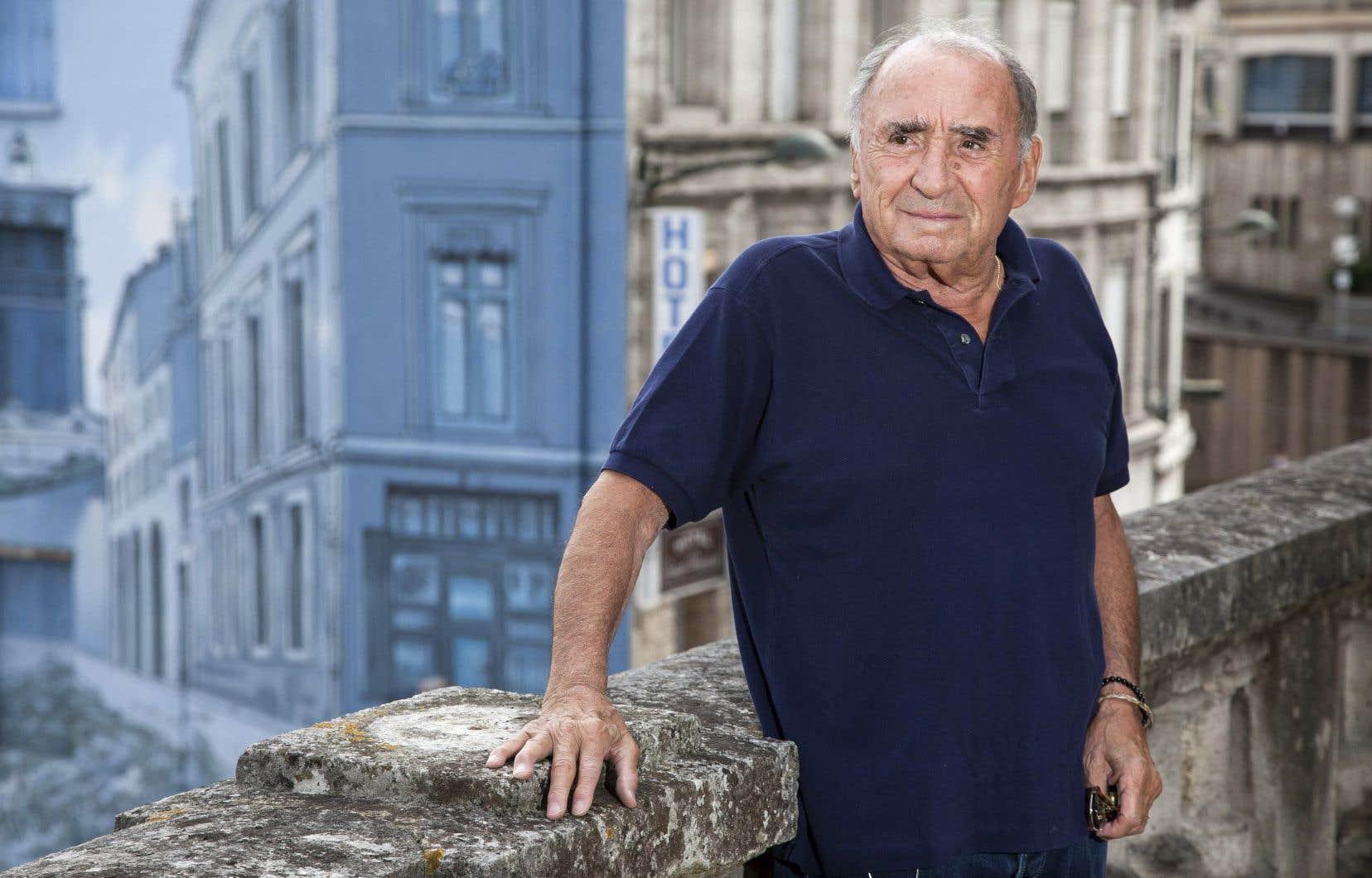 Claude Brasseur a marqué l'écran avec des films à succès comme Un éléphant ça trompe énormément, La Boum, Camping et a tourné dans plus de 90 films.
