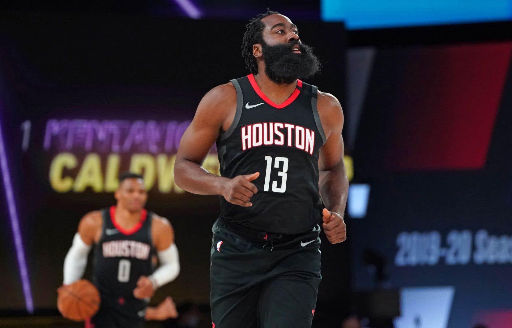 James Harden, est sur la liste des indisponibles après avoir violé les protocoles de santé et de sécurité de la NBA.