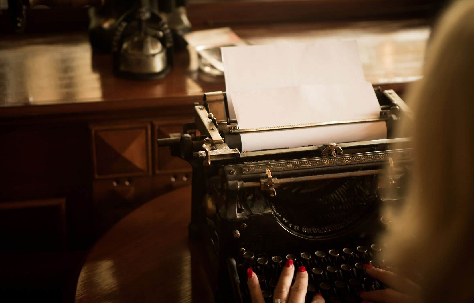 De toute éternité, des auteurs ont été engagés par un individu ou par ses proches pour mettre par écrit une vie.