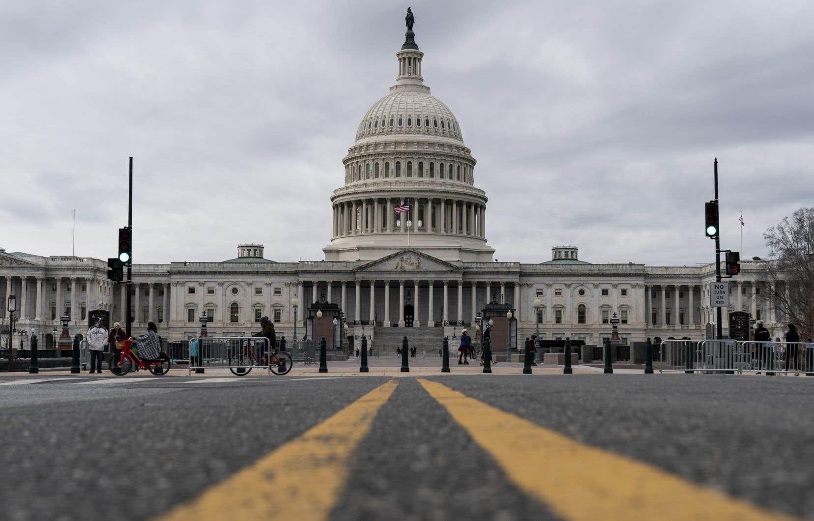 La Chambre et le Sénat doivent se réunir mercredi pour certifier les résultats de l'élection, une procédure qui relève d'ordinaire d'une simple formalité.