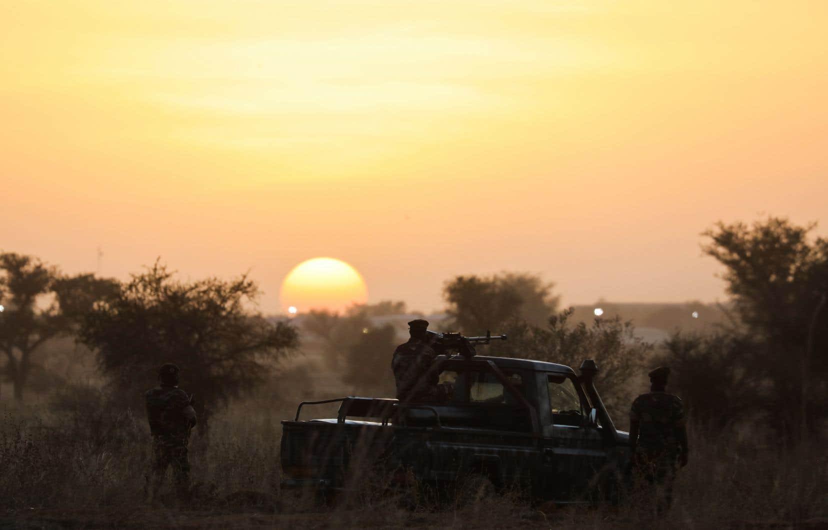 <p>La région de Tillabéri est située dans la zone «des trois frontières» Niger-Mali-Burkina, souvent frappée par les groupes djihadistes.</p>