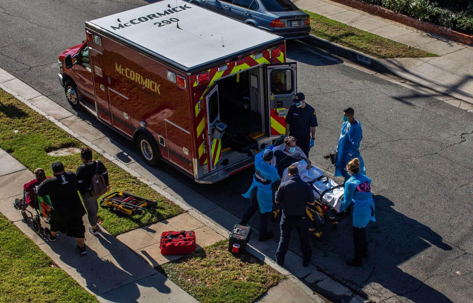 Les ambulanciers ont reçu comme consigne de ne plus transporter certains patients en arrêt cardiaque aux chances de survie quasi nulles.
