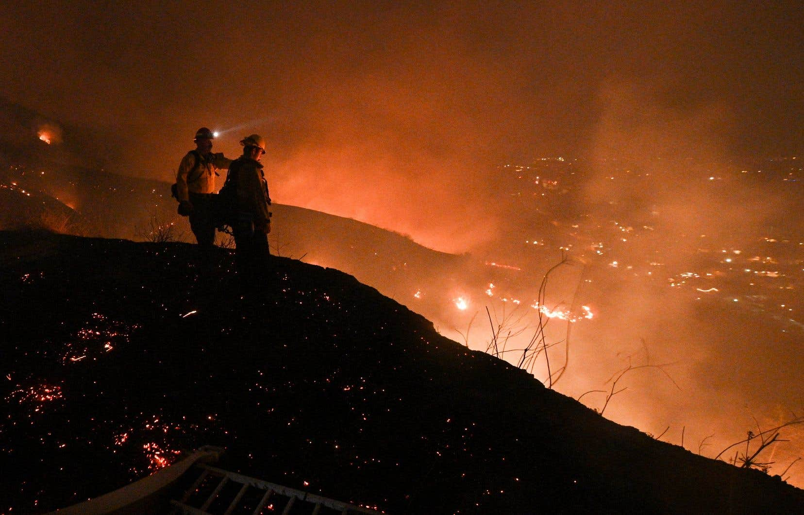 En 2020, des incendies de forêt ont fait rage sur la côte ouest des États-Unis. Dans l'État de la Californie, la superficie brûlée a été plus de quatre fois plus élevée que la moyenne des années 2015 à 2019.