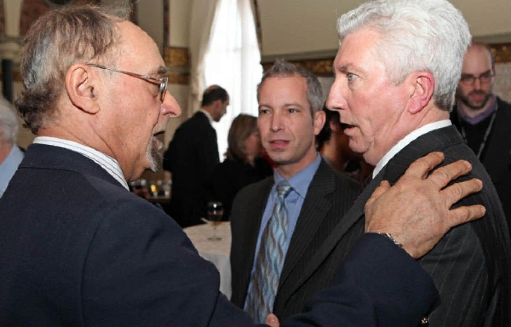 Le sénateur indépendant Jean-Claude Rivest avec le chef du Bloc québécois Gilles Duceppe en mars 2010.