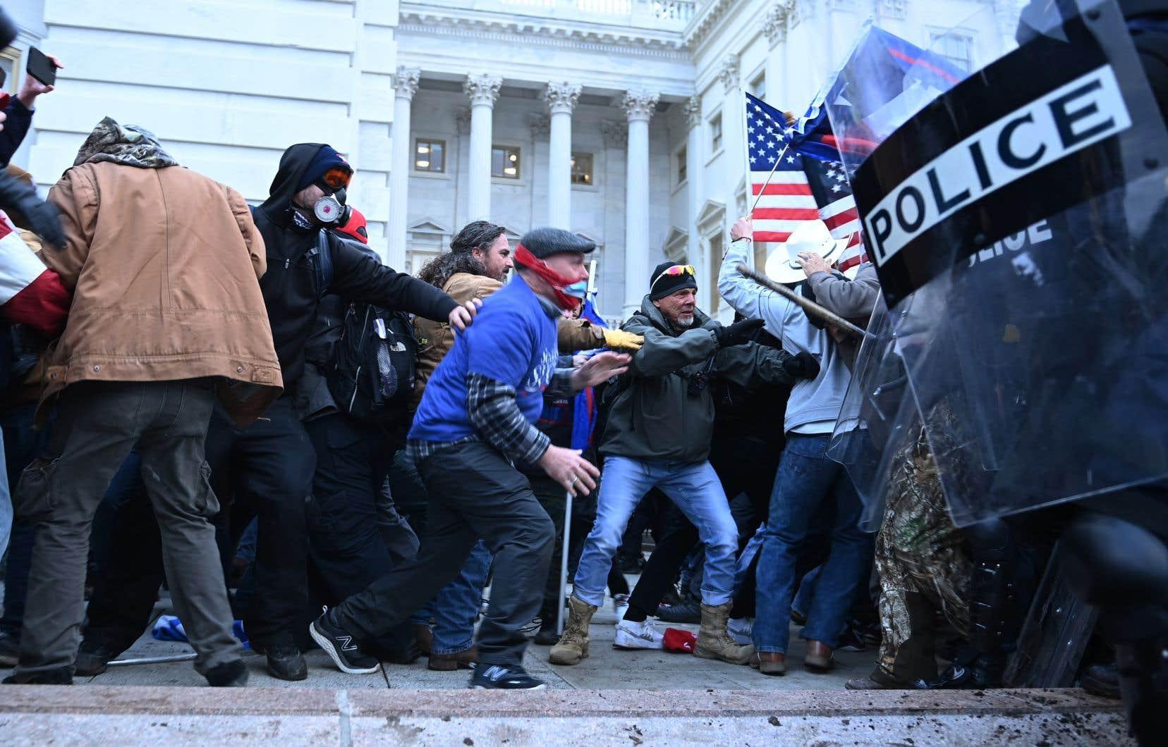 Les images de l'émeute au Capitole risquent de compliquer le travail du prochain gouvernement, forcé de marcher en terrain miné désormais pour rebâtir la crédibilité du pays sur la scène internationale.