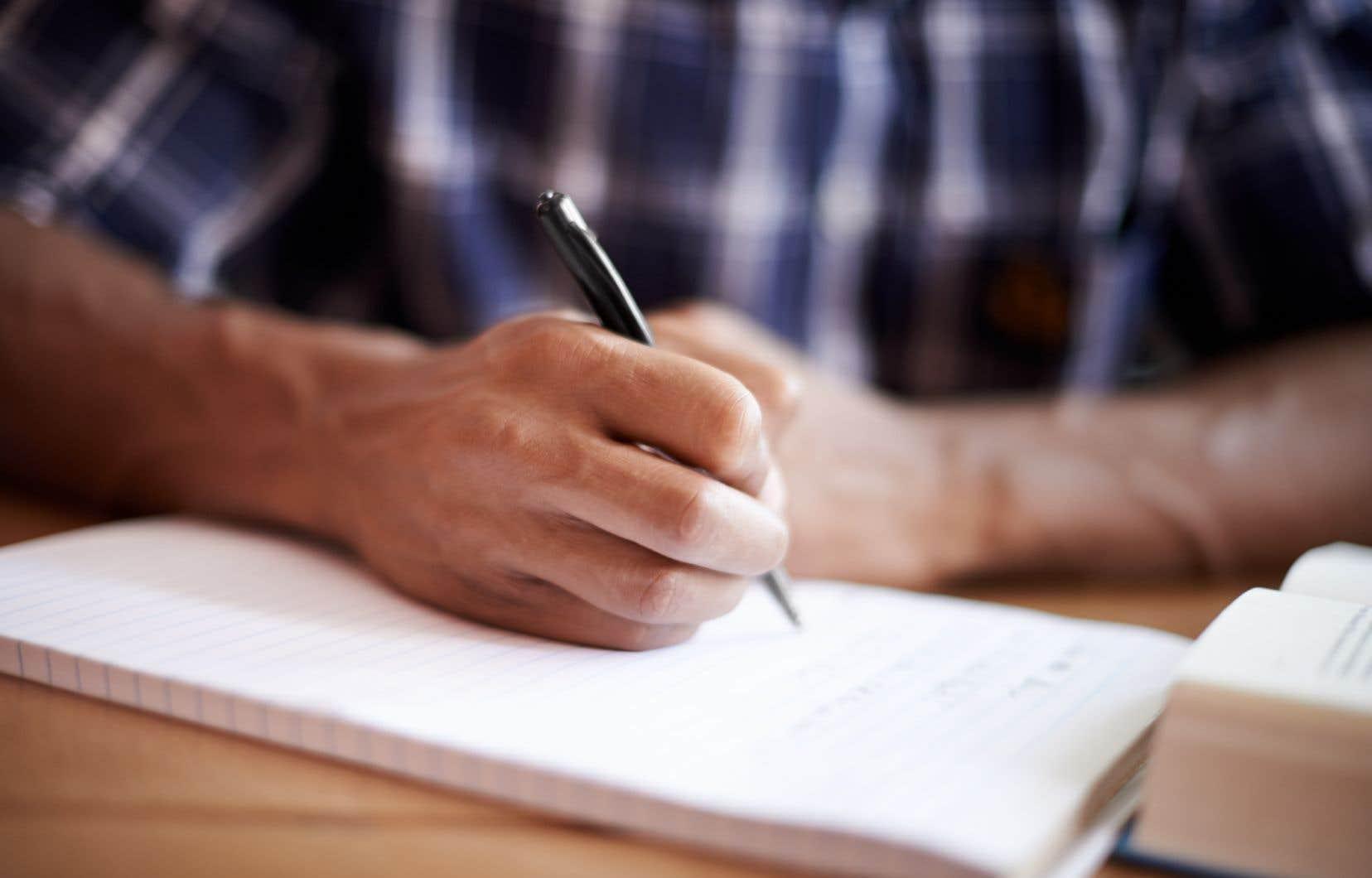 Selon plusieurs enseignants, la nouvelle directive, qui suggère que l'épreuve n'est plus obligatoire pour quiconque y a échoué depuis que sa réussite a été rendue nécessaire à l'obtention du diplôme en 1998, vient dévaluer les efforts de tous les étudiants qui l'ont réussie et laisse présager, à terme, son abandon.