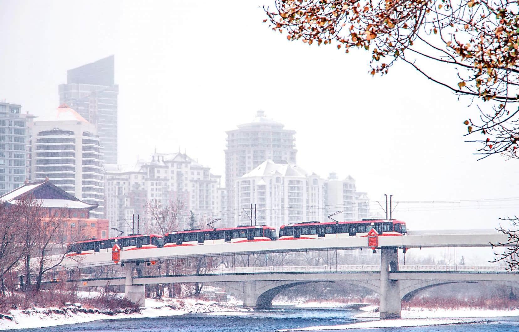 La transition énergétique est au cœur du dernier plan de développement durable du gouvernement du Québec rendu public cet automne et qui mise plus que jamais sur l'électrification des transports.