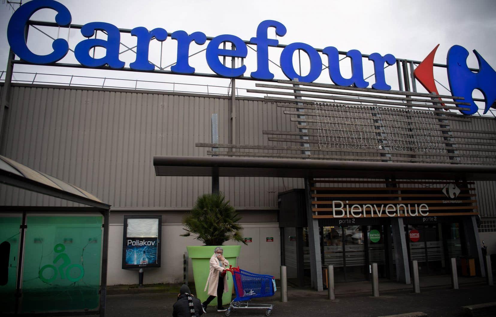 Carrefour, qui est le premier employeur privé en France, représente près de 20% de la distribution alimentaire du pays.