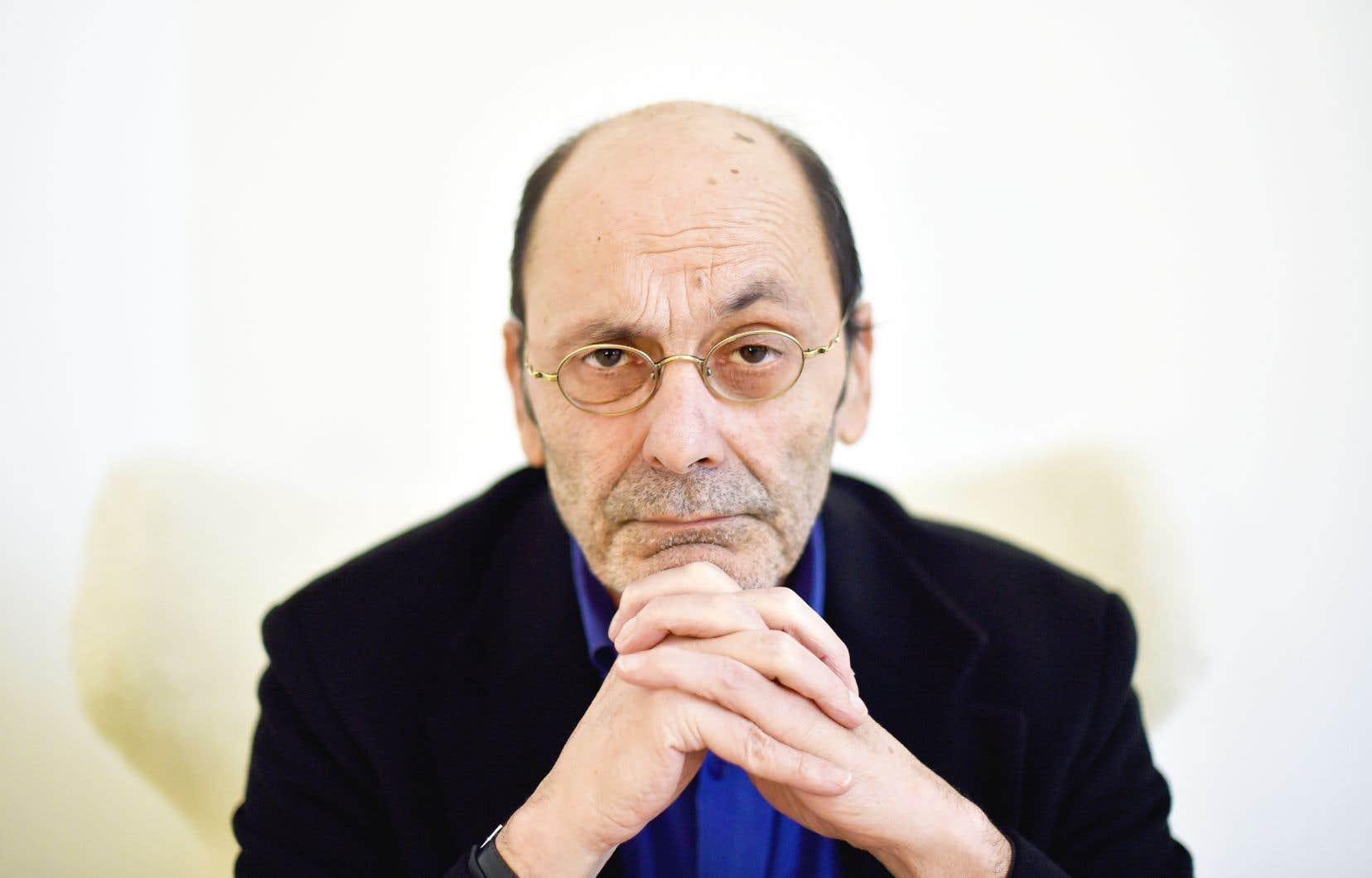 Figure du théâtre et du cinéma français, Jean-Pierre Bacri occupait une place de choix auprès du public pour ses rôles d'antihéros râleurs et désabusés, mais profondément humains.