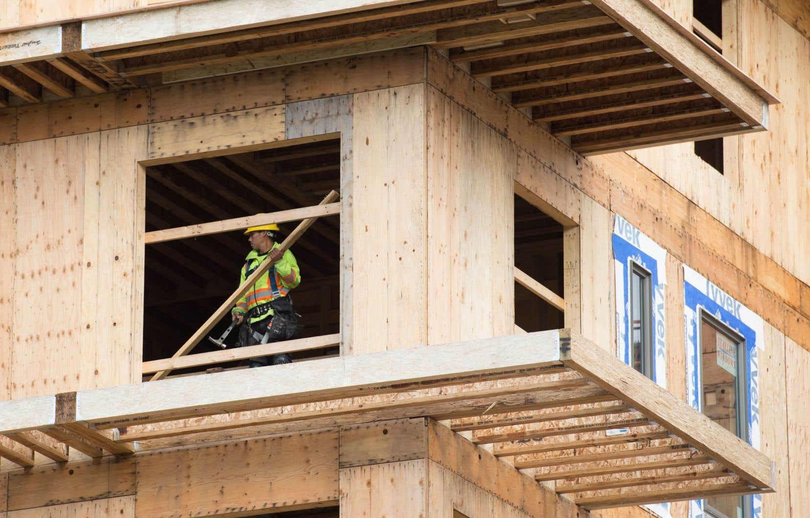 Sur l'ensemble de 2020, la SCHL a dénombré 47 232 mises en chantier d'habitations dans la province, ce qui correspond à une augmentation de 8% par rapport à 2019.
