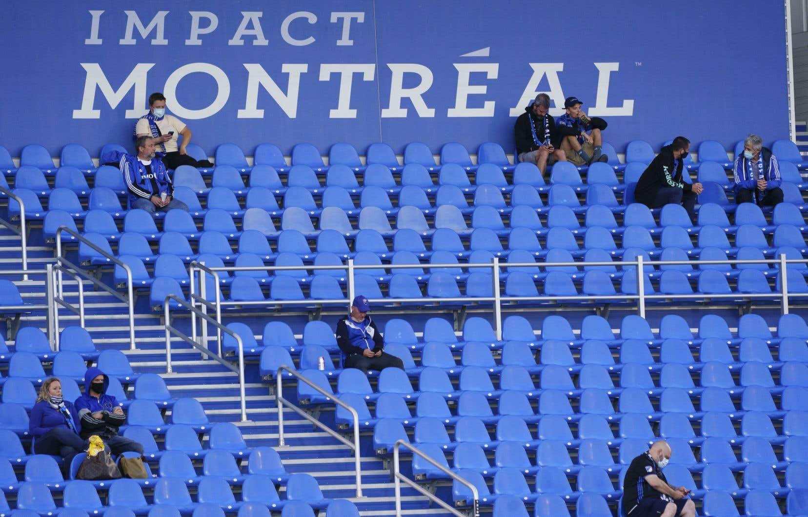 «En attirant des vedettes internationales et en participant à des compétitions mondiales, l'Impact pouvait prétendre à projeter et à faire rayonner dans le monde non seulement Montréal, mais l'ensemble du Québec», note l'auteur.