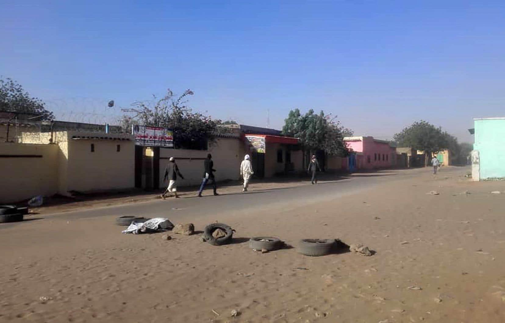 Les affrontements samedi et dimanche entre tribus rivales à El-Geneina, capitale du Darfour-Ouest, ont coûté la vie à 159 personnes.