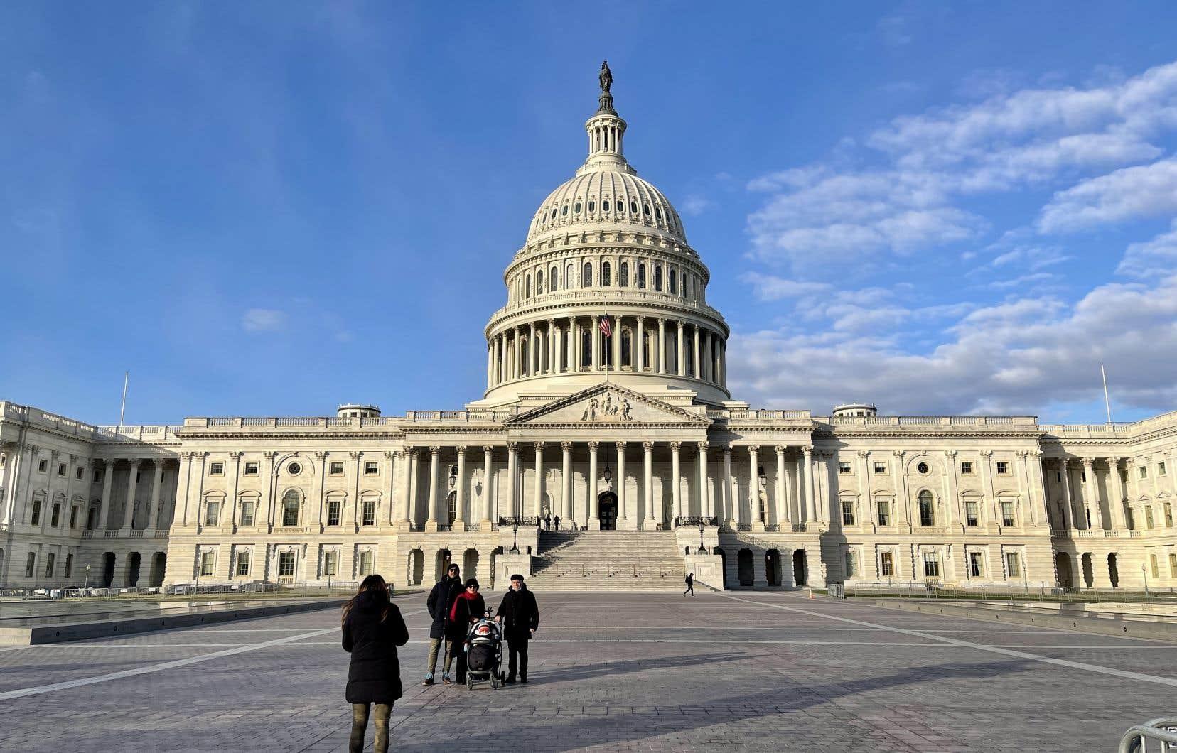Donald Trump est accusé d'avoir encouragé ses partisans à se lancer à l'assaut du Capitole le 6janvier au moment où les élus du Congrès certifiaient la victoire de son rival démocrate à la présidentielle.