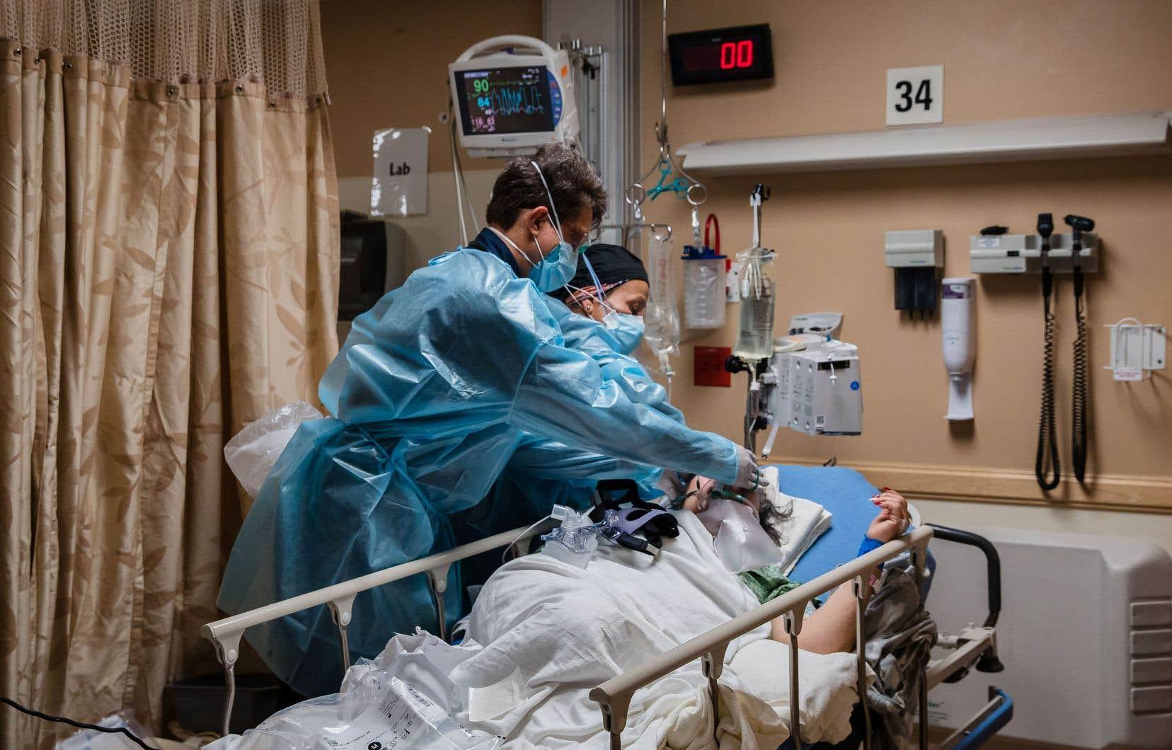 Les États-Unis sont le pays le plus touché au monde en valeur absolue par la pandémie.