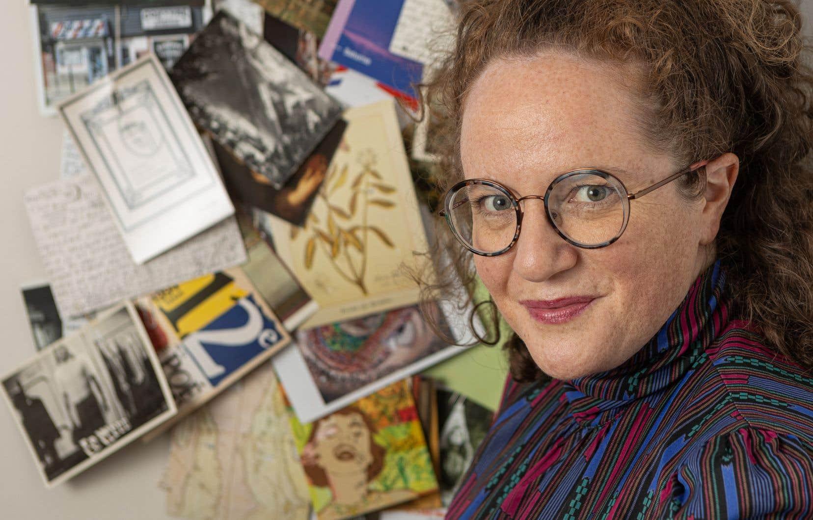 Afin de déjouer la tyrannie de l'hyperconnexion, Mélissa Verreault amorçait peu avant que la pandémie ne gagne le Canada en mars dernier une correspondance avec Bertrand Laverdure. Un dialogue par cartes postales et lettres manuscrites.