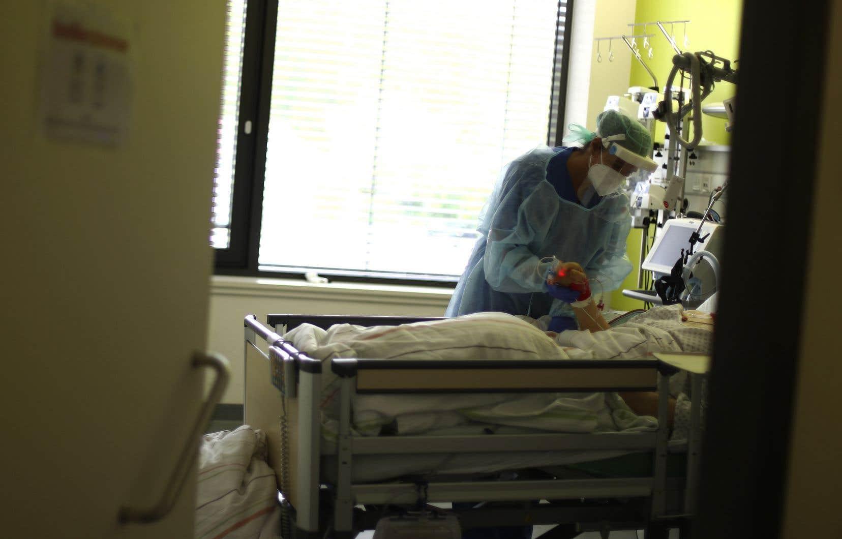La CNESST a déjà reconnu quelque 16550 lésions professionnelles liées à la COVID-19, dont 14941 chez des travailleurs de la santé (90%).