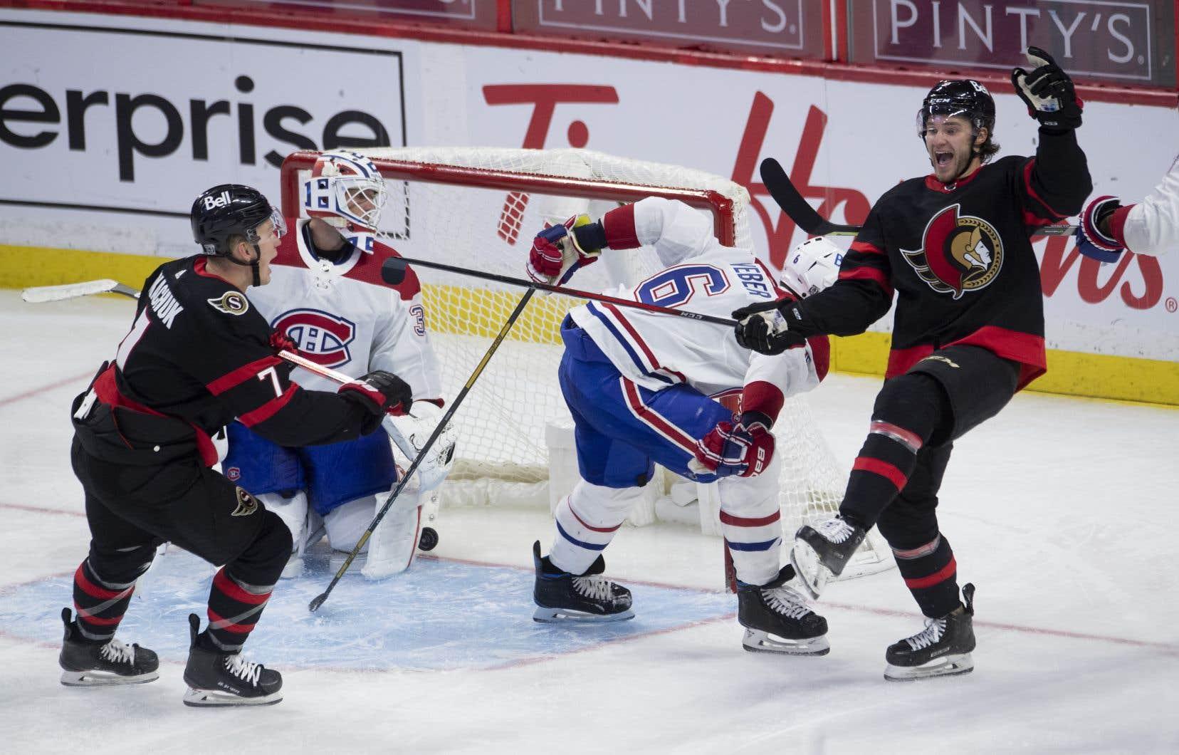 Brady Tkachuk a fait bouger les cordages en prolongation et les Sénateurs d'Ottawa ont défait Tricolore 3-2.