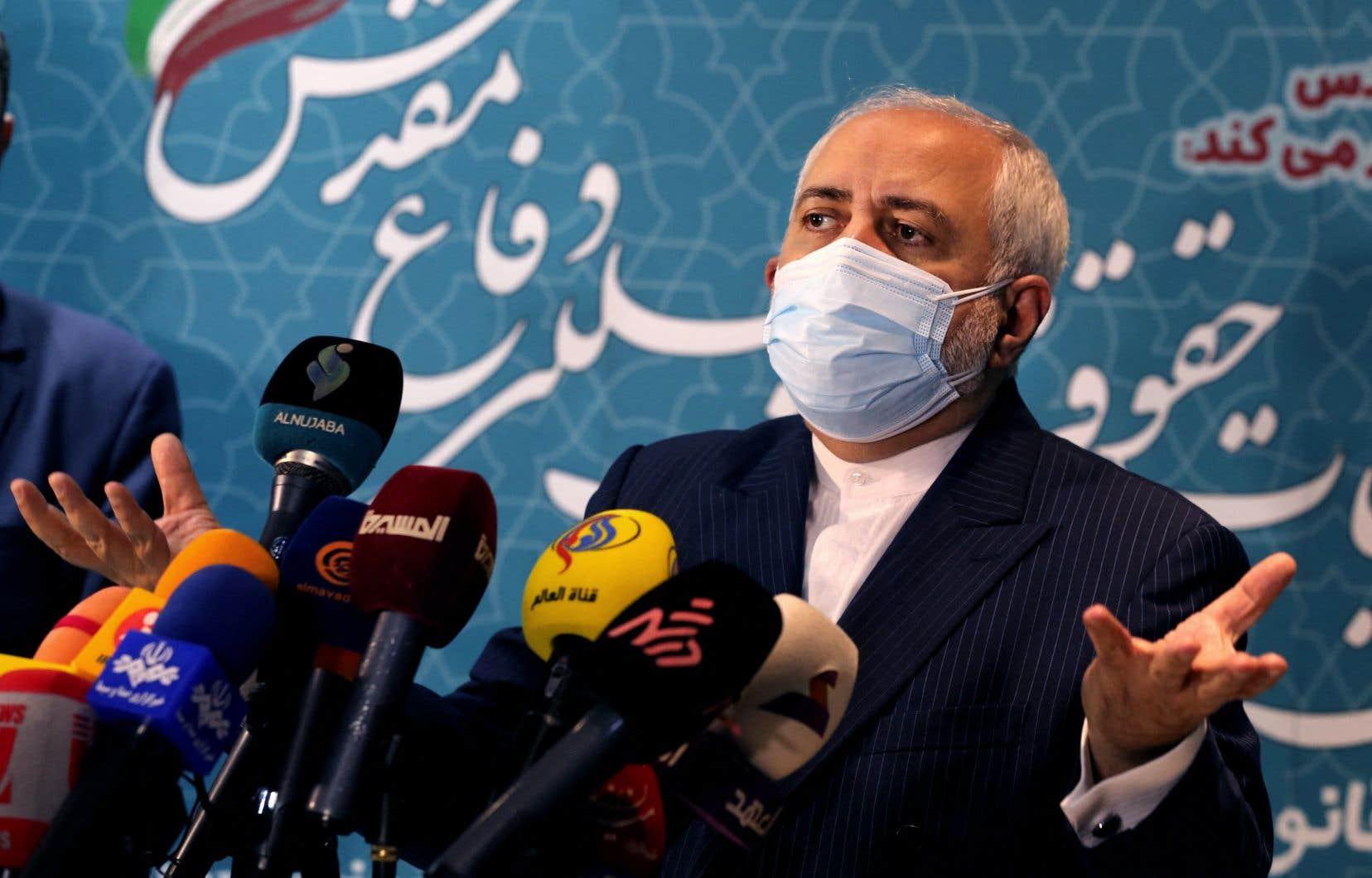 Le ministre iranien des Affaires étrangères, Mohammad Djavad Zarif, en conférence de presse le 23 février