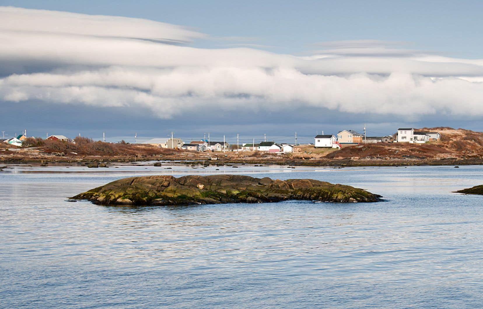 L'érosion côtière menace actuellement une partie des infrastructures publiques d'Unamen Shipu.