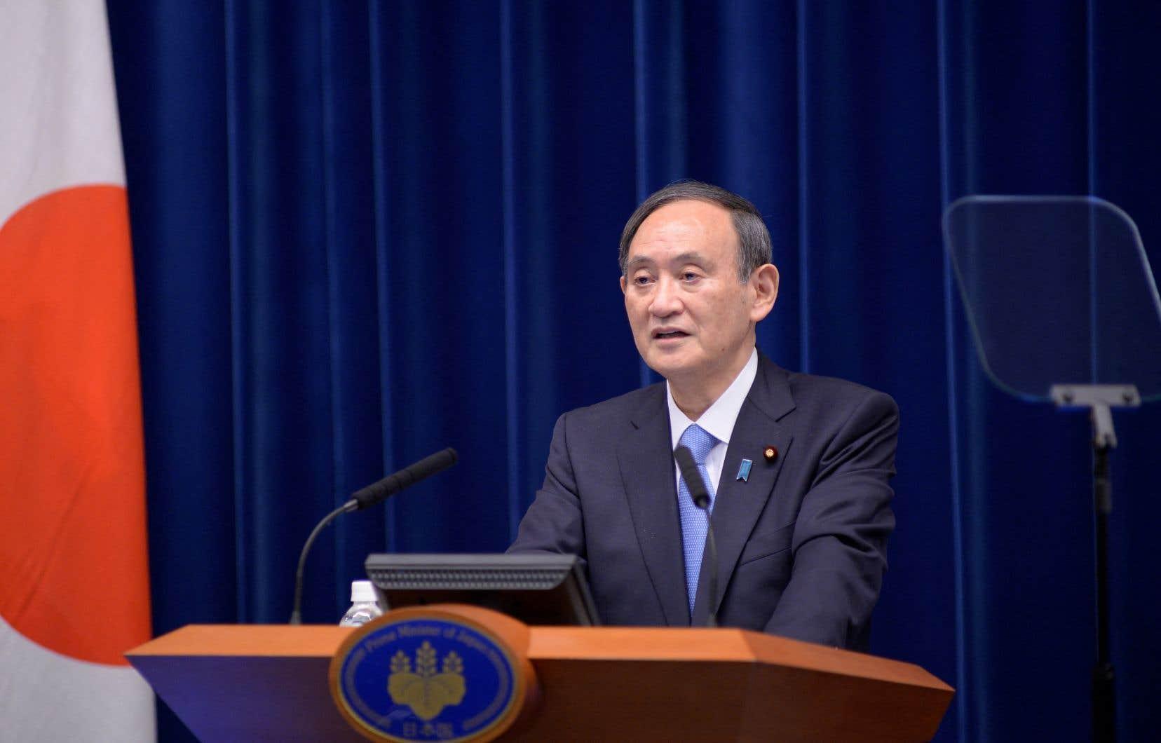 Le scandale pourrait faire mal à M.Suga, dont le taux d'approbation est déjà en chute libre.