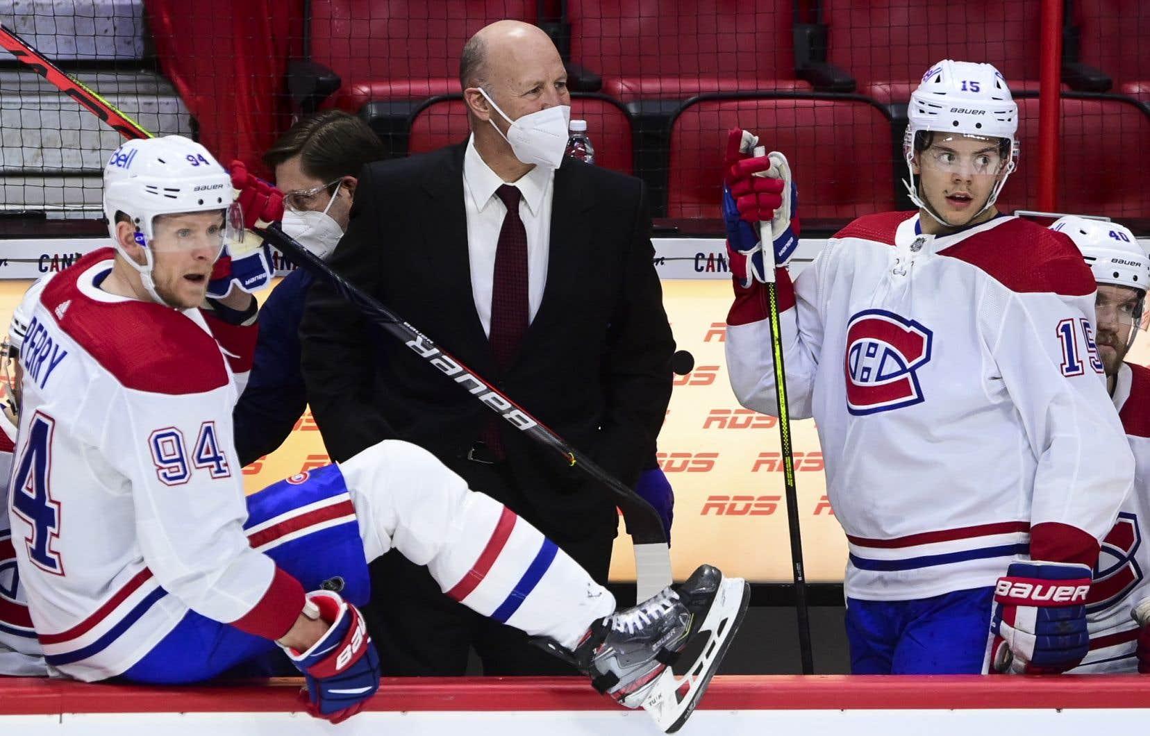 <p>L'entraîneur-chef Claude Julien a été congédié par le Canadien de Montréal.</p>