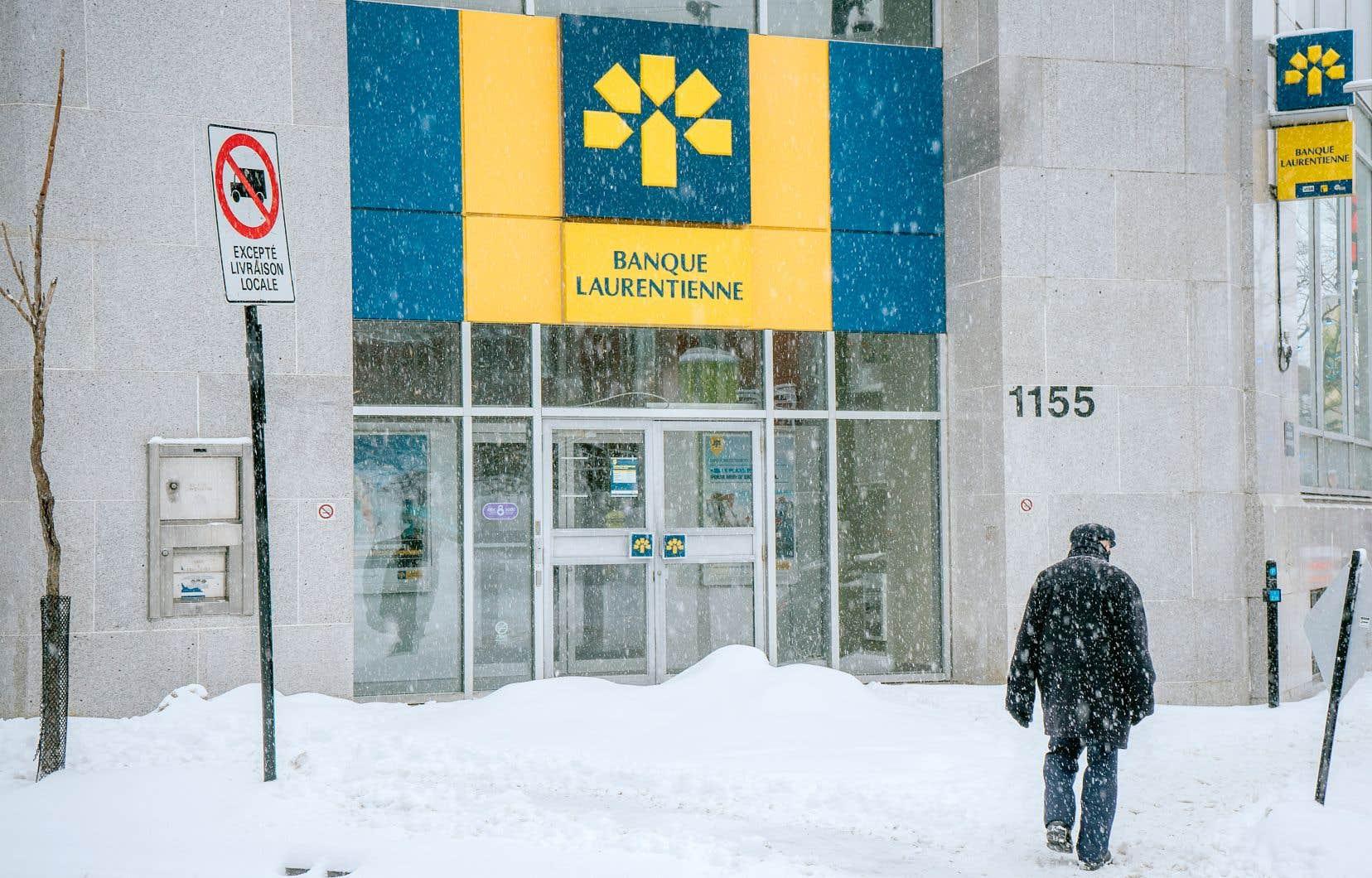 En date du 31janvier, la valeur du portefeuille hypothécaire de la banque était estimée à 16,1milliards, en recul de 1,5% comparativement au quatrième trimestre de l'exercice précédent.