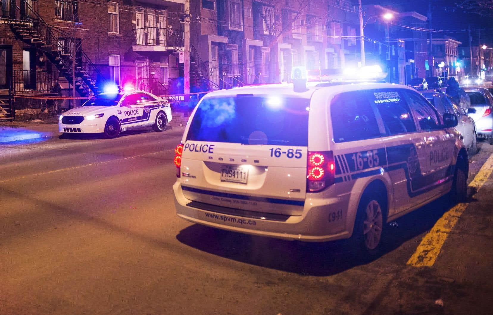 Le Canada est mal outillé pour entreprendre les délicats débats tels que l'amélioration de la formation policière ou encore le définancement de la police.