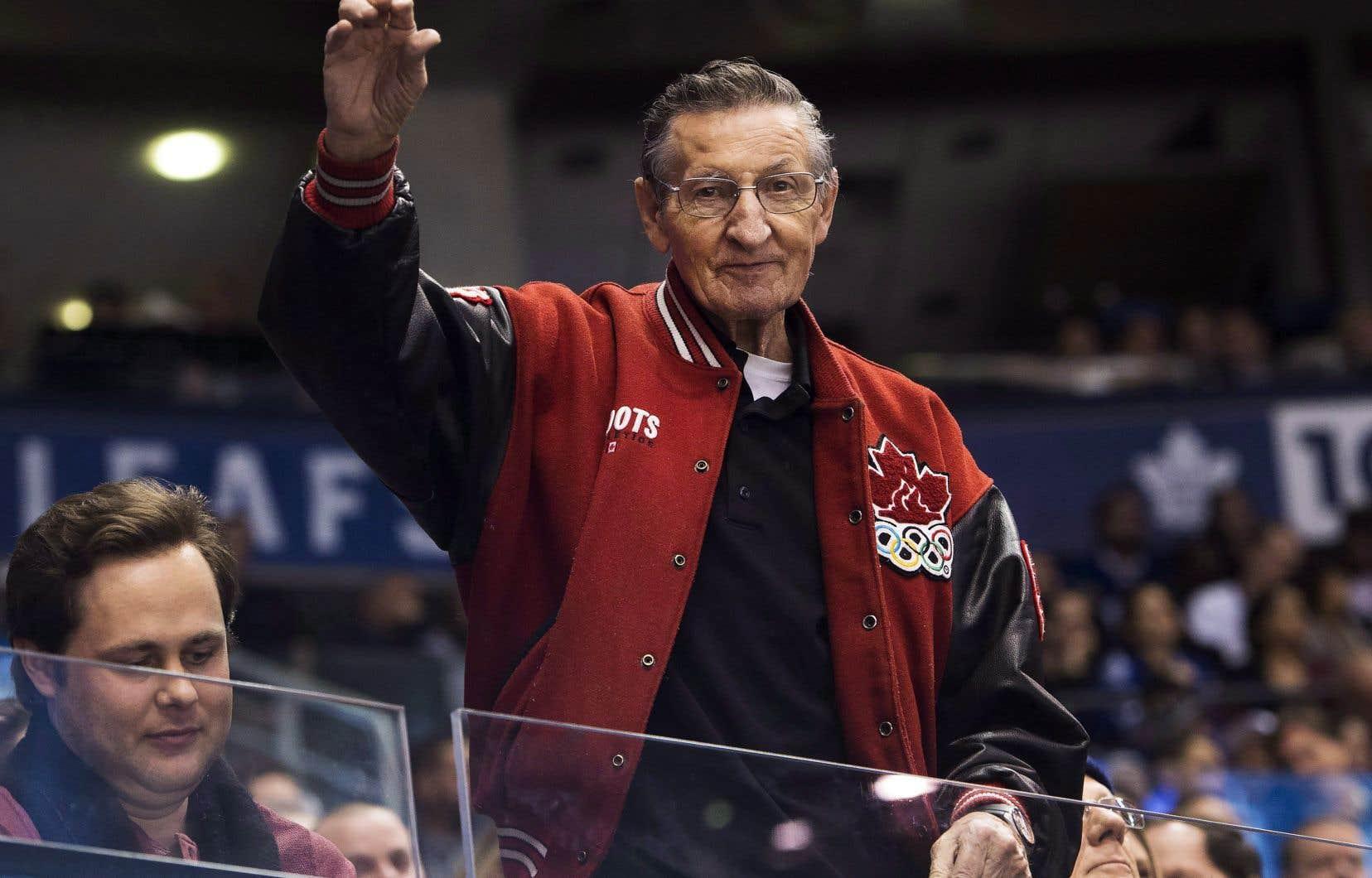 Le père de Wayne Gretzky, Walter, en 2017
