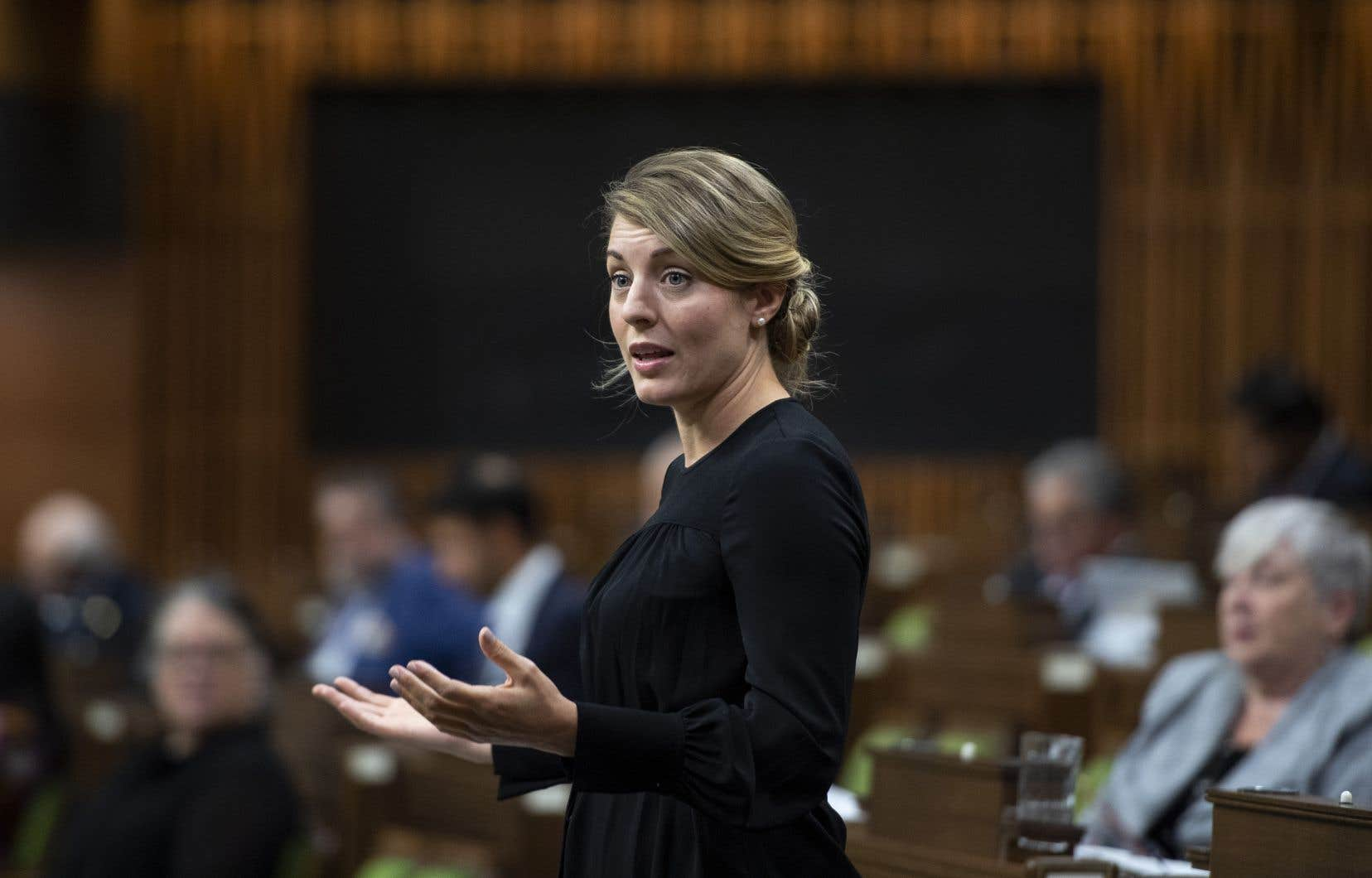 <p>La ministredu Développement économique et des Langues officielles, Mélanie Joly</p>