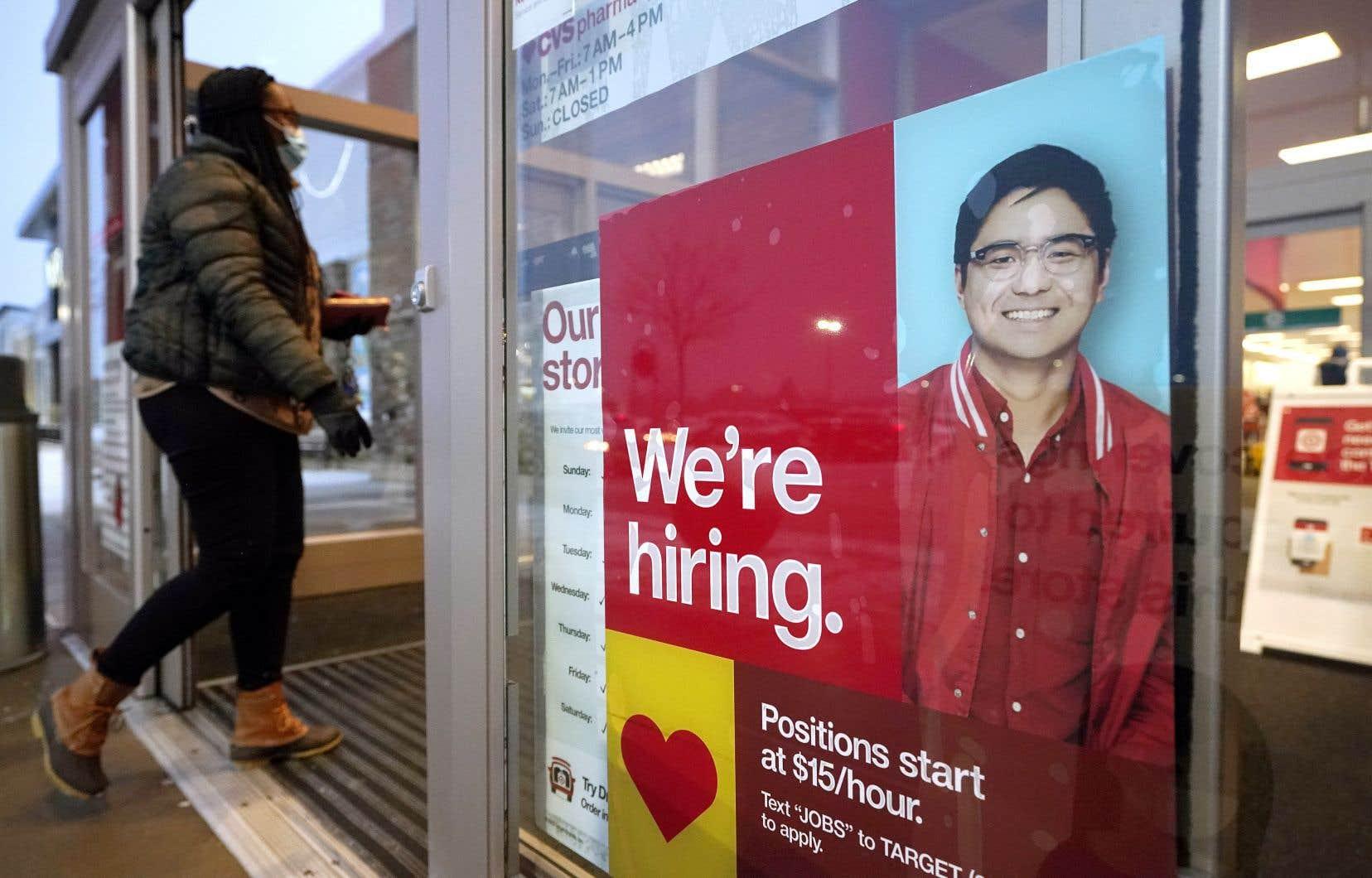 En février, 379000 emplois ont été créés aux États-Unis, bien plus que les 200000 attendus par les analystes, et surtout près de trois fois plus qu'en janvier, a annoncé vendredi le département du Travail.