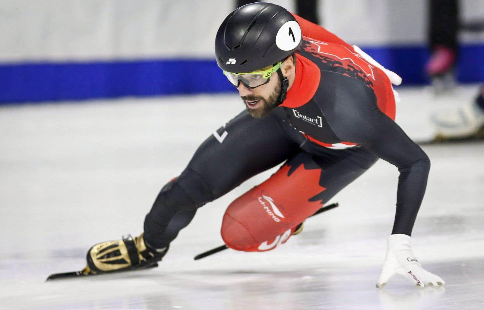 Menés par le vétéran Charles Hamelin, la plupart des patineurs du pays se sont qualifiés pour les tours éliminatoires qui seront présentés samedi.