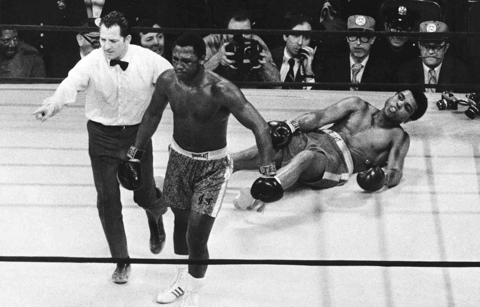 À la stupeur générale, Ali s'est retrouvé au tapis ce lundi 8 mars 1971, à New York.