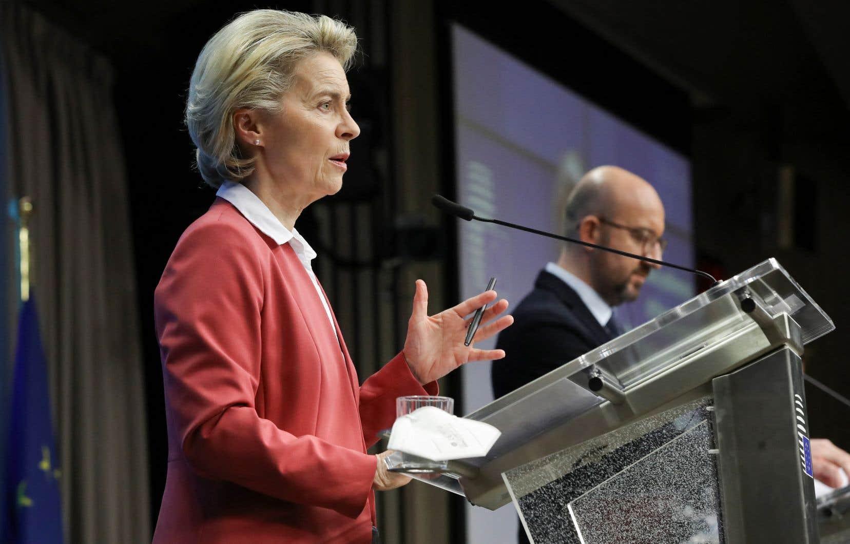 «Ce n'était pas un cas isolé», a expliqué Ursula von der Leyen, après l'interdiction par Rome de l'exportation de 250000 doses vers l'Australie.