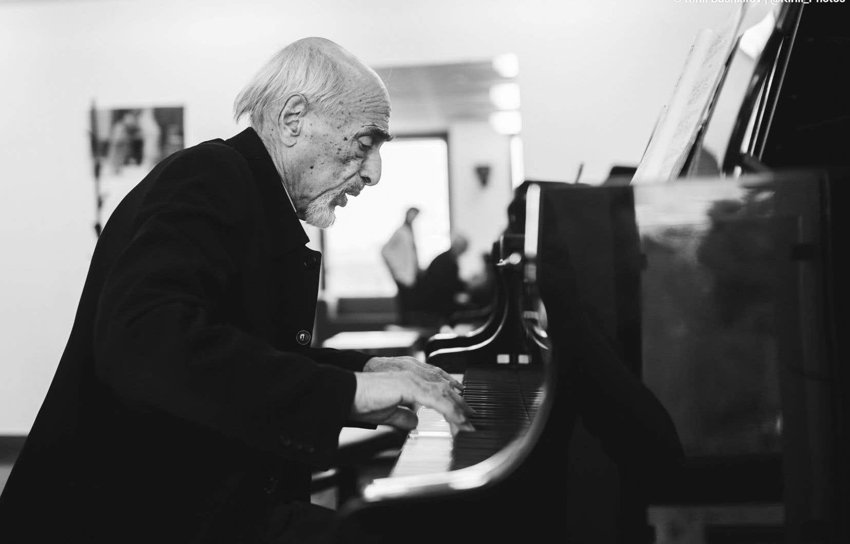Le pianiste russe Dmitri Bashkirov