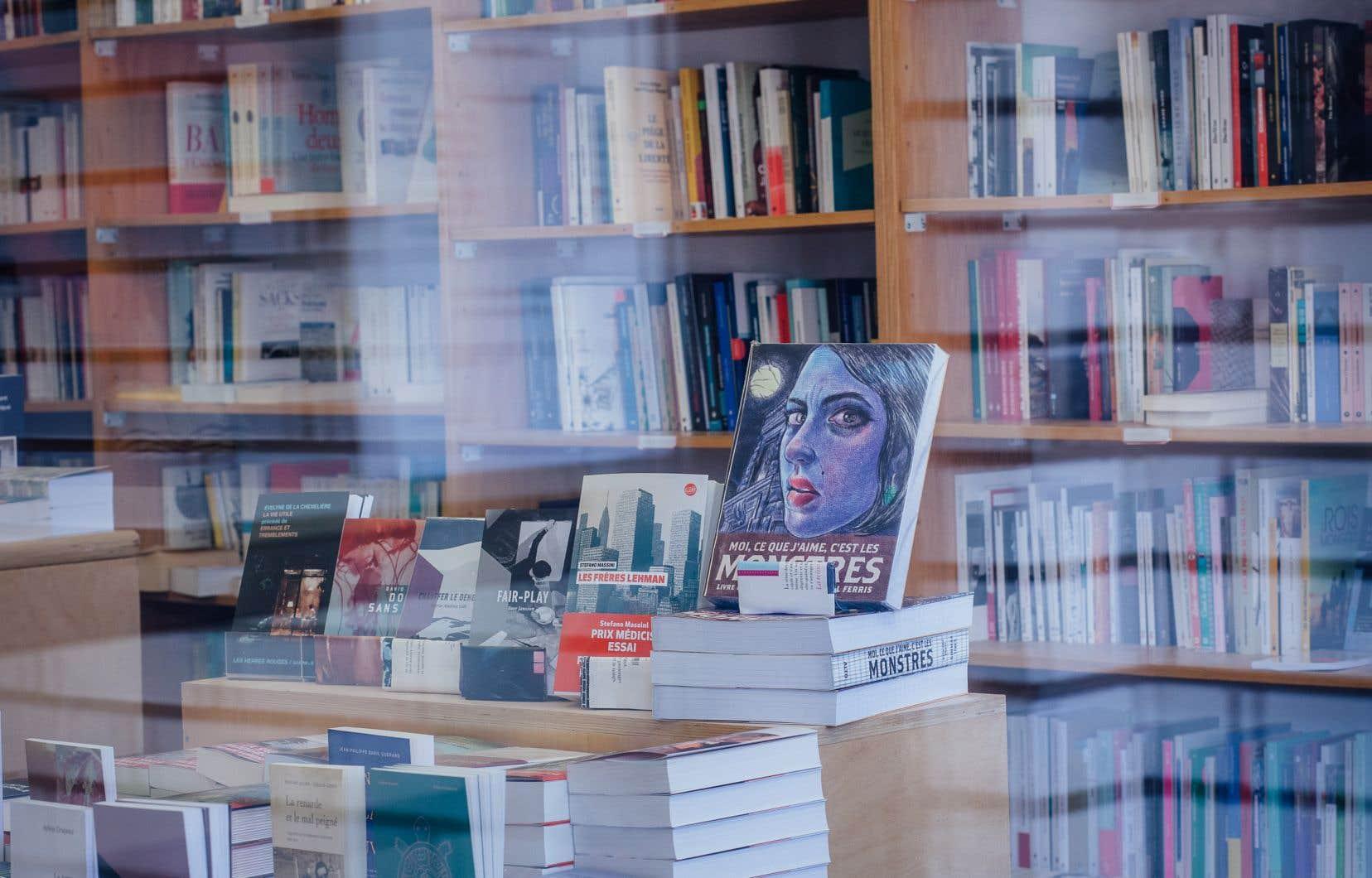 La librairie L'écume des jours à Montréal. Si leurs ventes ont explosé durant la pandémie, les librairies indépendantes voient leur chiffre d'affaires grugé par le coût de la livraison des commandes en ligne.