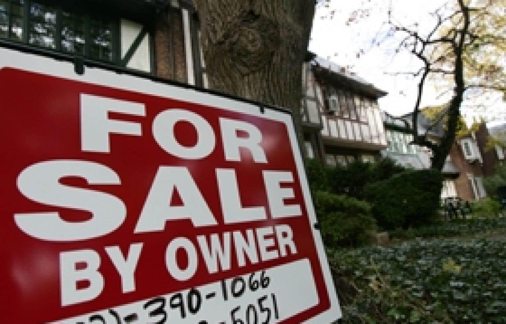 Une maison à vendre dans la grande région de Washington. Le plus gros de la chute attendue des prix de l'immobilier devrait avoir lieu en 2008.