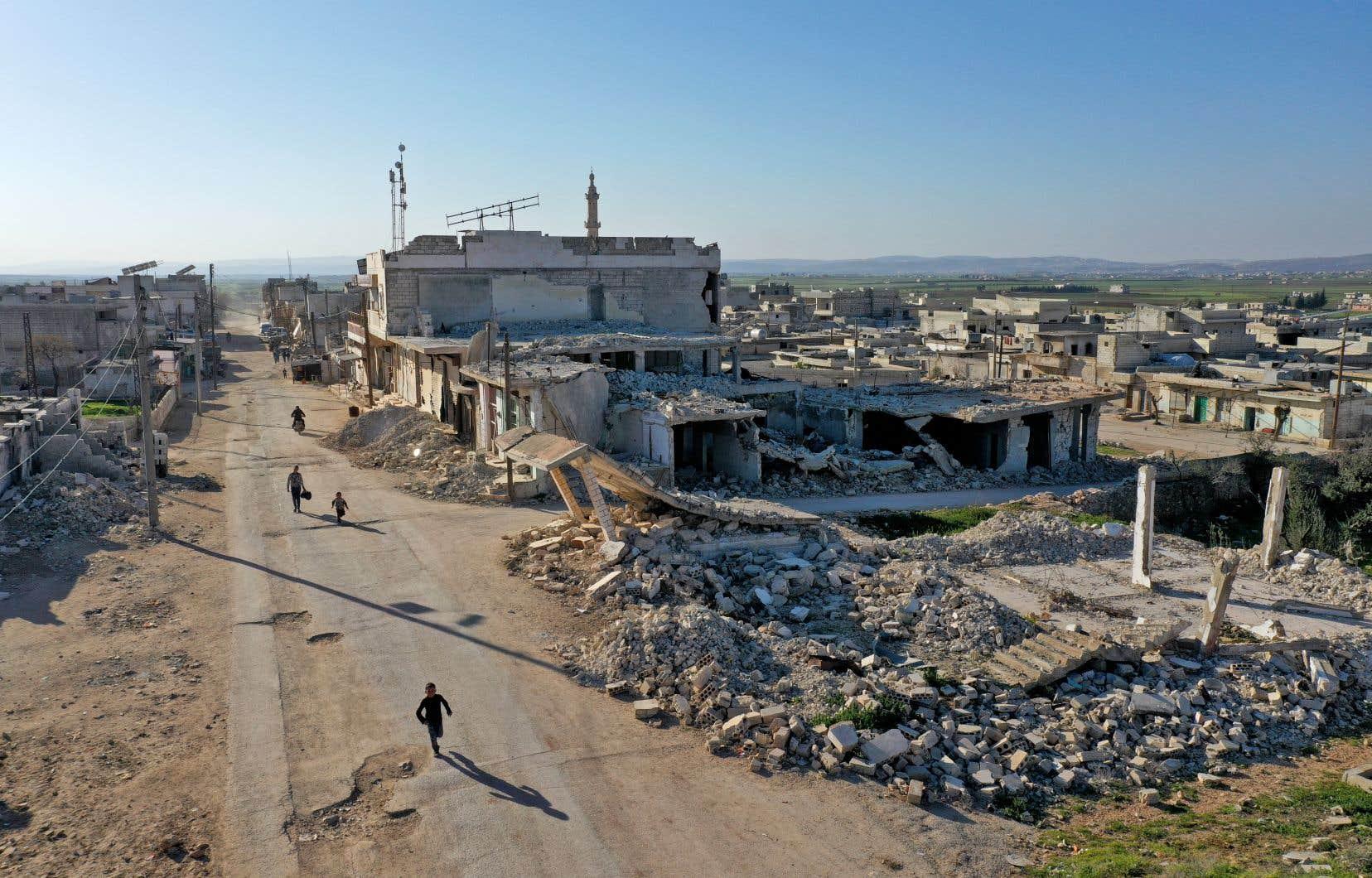 Si aujourd'hui la Syrie vit un cauchemar, les grands perdants de cette guerre sont les familles syriennes, surtout parmi les plus pauvres, ainsi que leurs habitations, écoles, hôpitaux, industries, routes, eau potable, centrales électriques et infrastructures vitales.