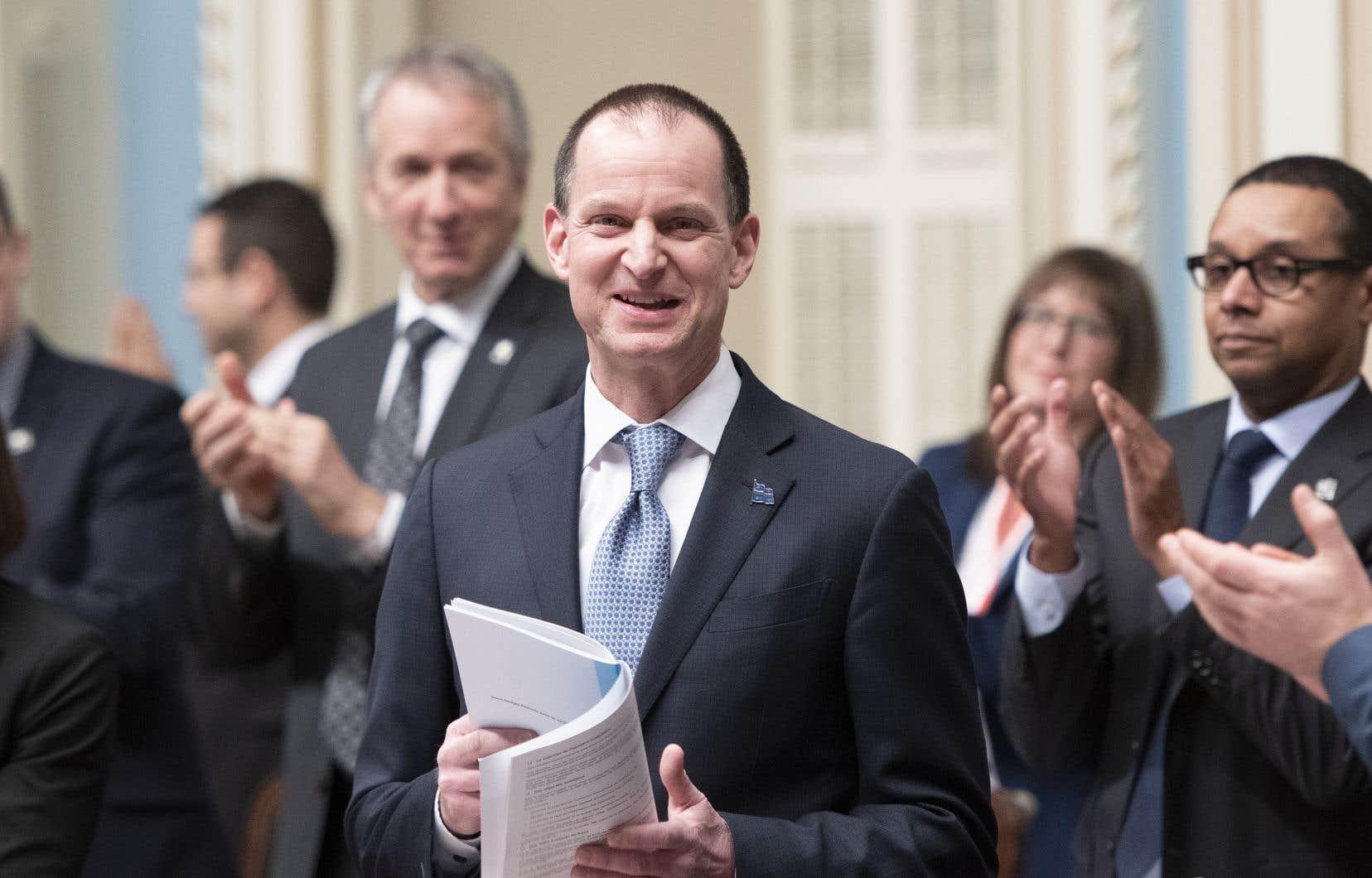 Le ministre Girard compte continuer à soutenir les travailleurs et les entreprises pour le redémarrage tant attendu de l'économie.