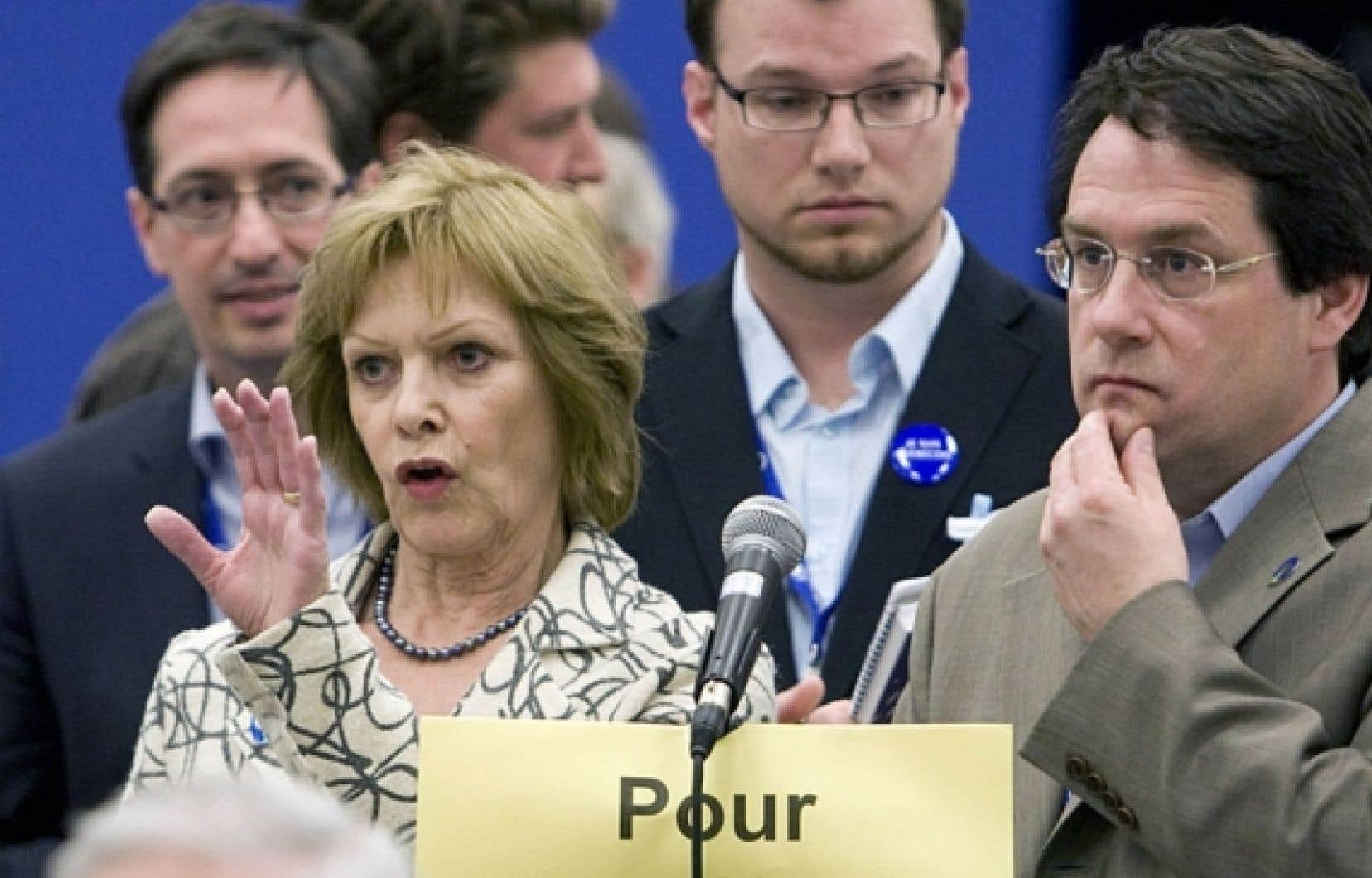 Lisette Lapointe et Bernard Drainville lors du congrès du Parti québécois.<br />