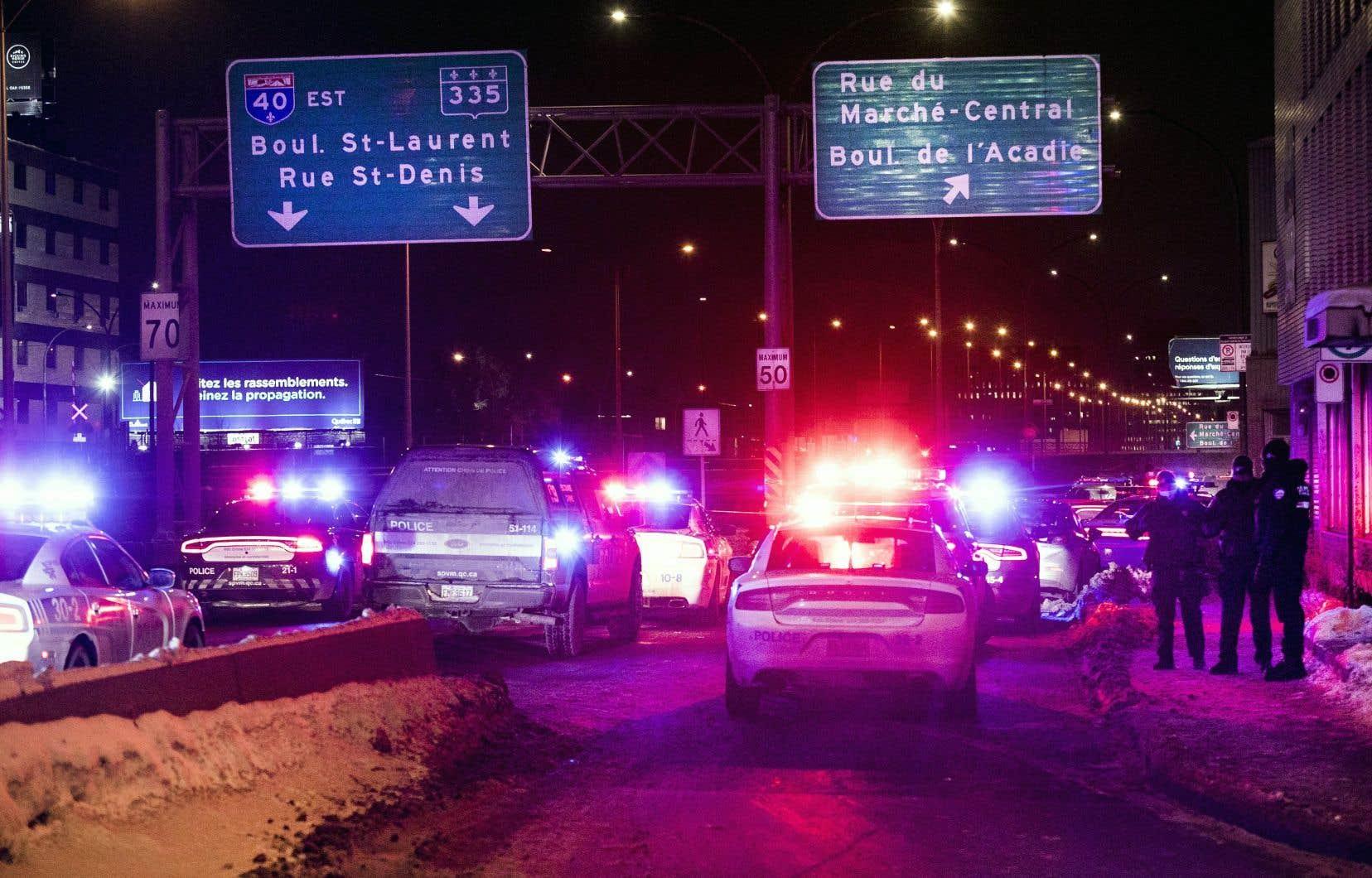 L'agent SanjayVig a été agressé devant le 900, boulevard Crémazie Ouest alors que Mamadi III Fara Camara était intercepté pour une infraction au Code de la sécurité routière.