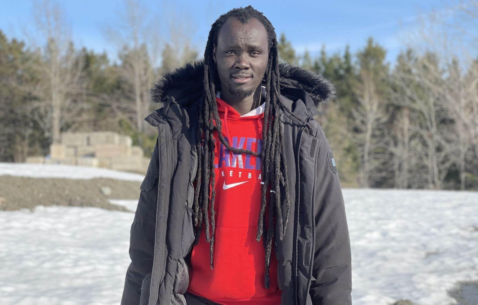 Baye Cheikh Diop à la sortie de son travail à Thetford Mines