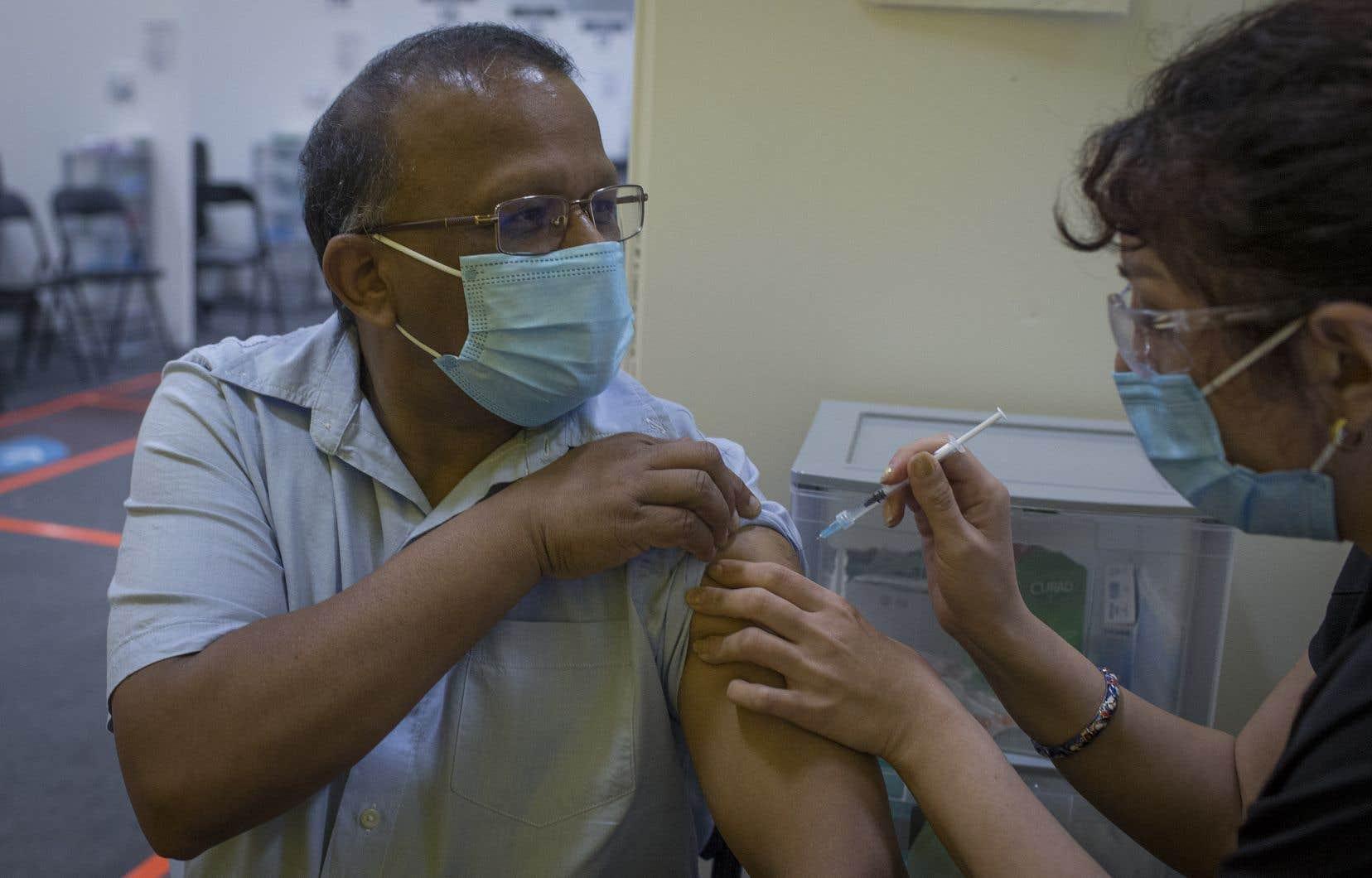 Plusieurs arrondissements attendent avec impatience les résultats du projet-pilote de vaccination contre la COVID-19 en cours depuis lundi dernier dans Côte-Saint-Luc et le secteur de Plamondon, dans le quartier Côte-des-Neiges.