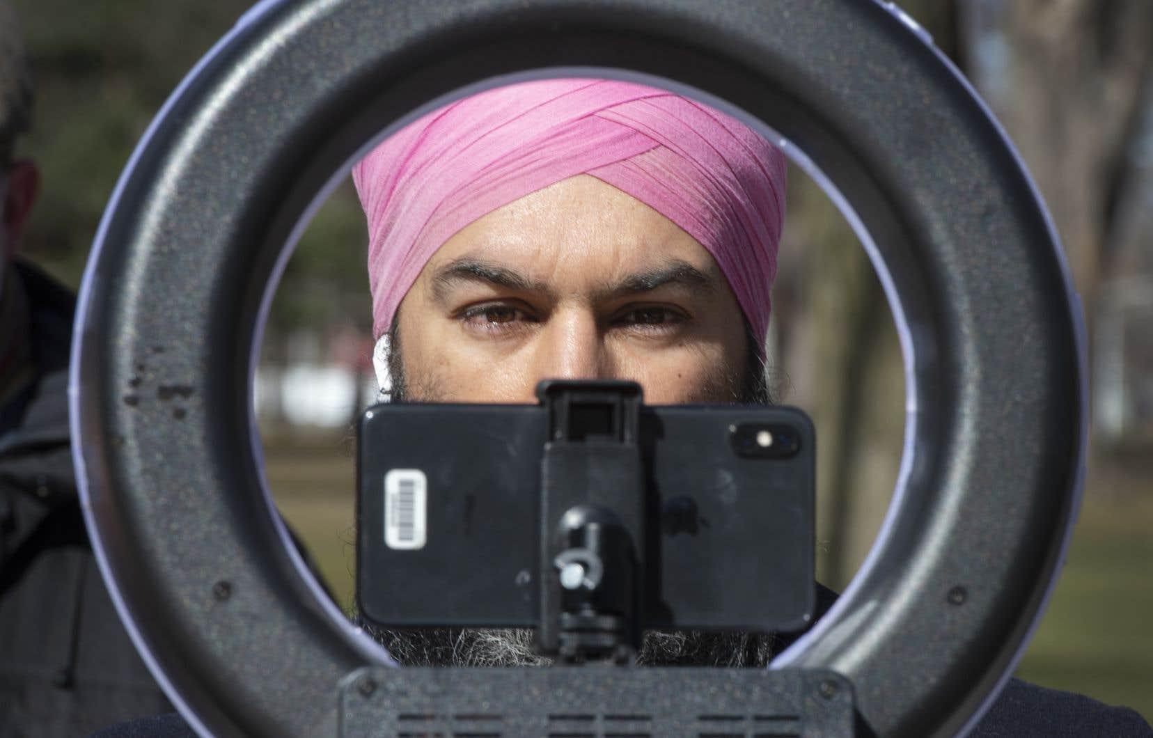 La présence de Jagmeet Singh sur les réseaux sociaux, comme TikTok, et le fait qu'il provienne d'une minorité visible, le rendent-il «cool» auprès des jeunes de milieux urbains?