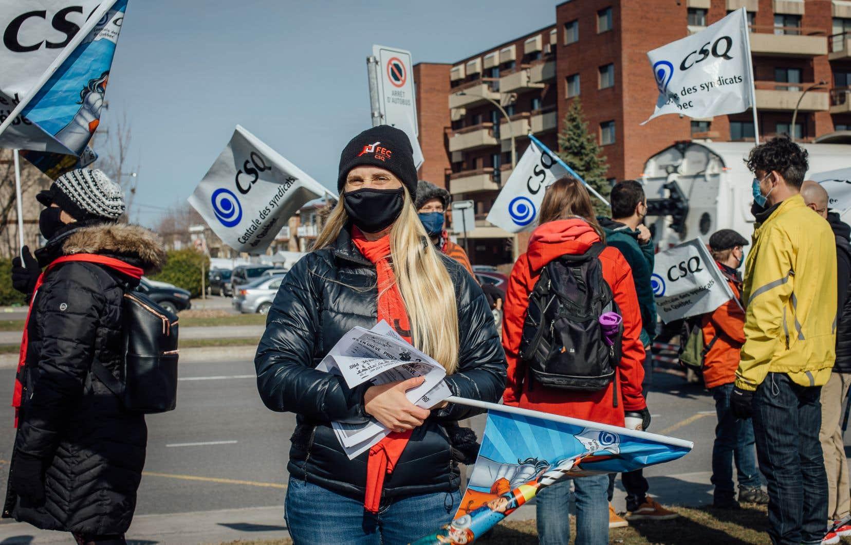 Les fédérations de la CSQ représentant les enseignants, le personnel de soutien et les professionnels ont tenu cette première de cinq journées de grève.