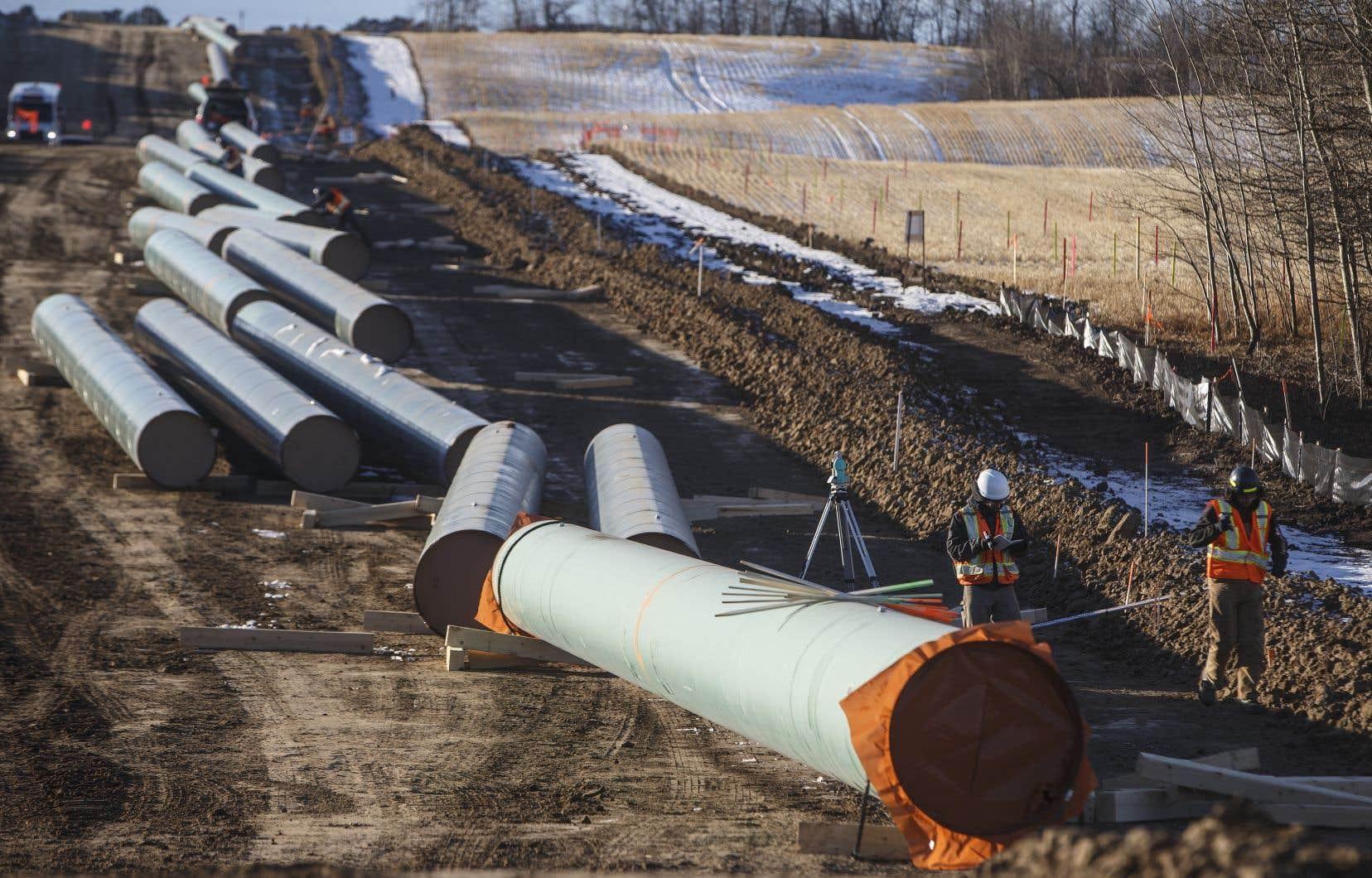 Les travaux d'expansion du pipeline Trans Mountain sont bien entamés en Alberta et en Colombie-Britannique.
