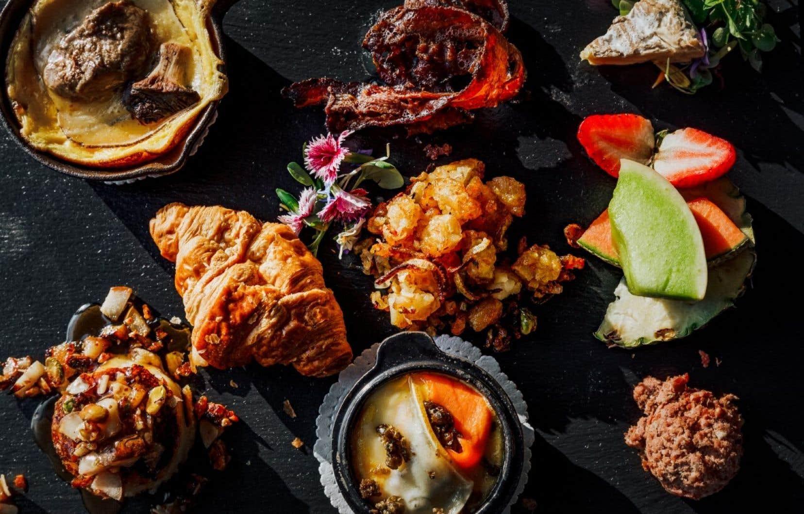 Pour ceux qui s'ennuient des déjeuners au restaurant, certains hôtels ont choisi de proposer des forfaits axés sur les repas du matin qui vont au-delà du déjeuner continental.