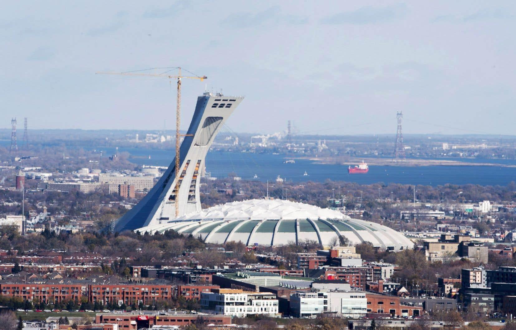 Au fil des ans, la NFL a présenté plusieurs matchs de son calendrier préparatoire au Canada, y compris deux au Stade olympique.